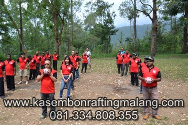 Games Outbound Malang – Hands Ball