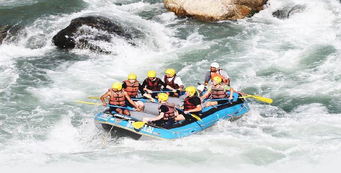4 Destinasi Wisata Rafting di Malang